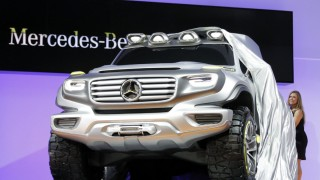 L.A. Auto Show: Mercedes-Benz SUV ready for zombie apocalypse