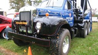 How Mack Trucks put on the dog