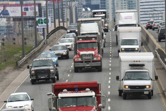 Smackdown Smackback: Should trucks be banned at rush hour?
