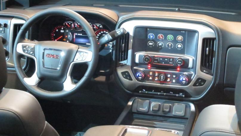 GM's new trucks get some major tweaks