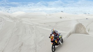 From Peru to Chile: Breathtaking shots from 2013 Dakar Rally