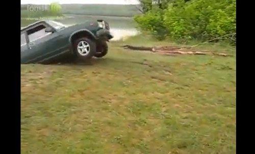 Insider Report: Lada Drifting 101 - do not do this!