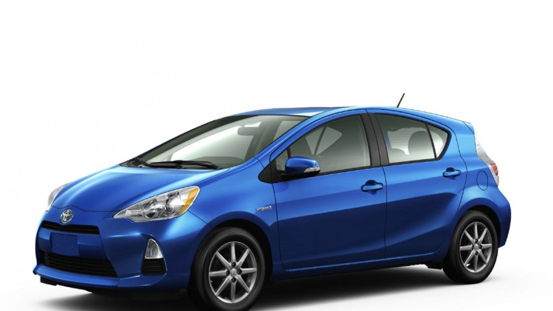 Prius, Genesis surprise victors at retained value awards