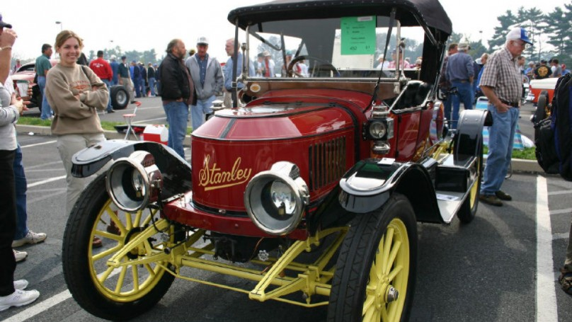 Auto Trivia: Stanley Steamer was a family affair