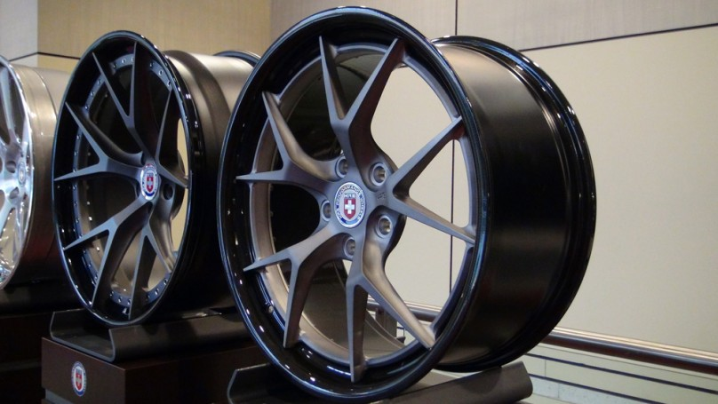 2013 Toronto Auto Show: Reinvented wheel steals the show