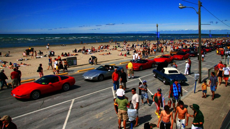 Roll out your rims: Classic cruise season has landed