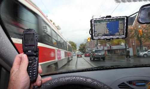 Distracted drivers may soon face stricter penalties