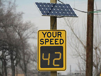 Can you trust radar speed signs?