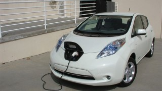 Man arrested after plugging EV into school outlet