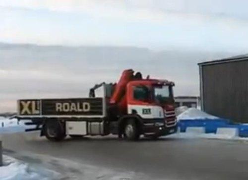 Insider Report: Sochi bear's big head can't fit in a car