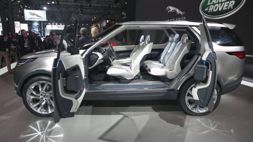 Futuristic SUV shoots for the Moon