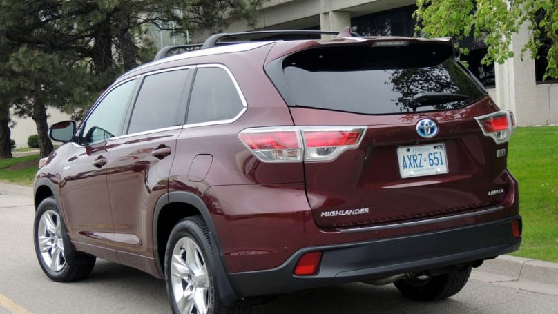 Toyota Highlander Hybrid 2014 - Nothing wimpy about new look