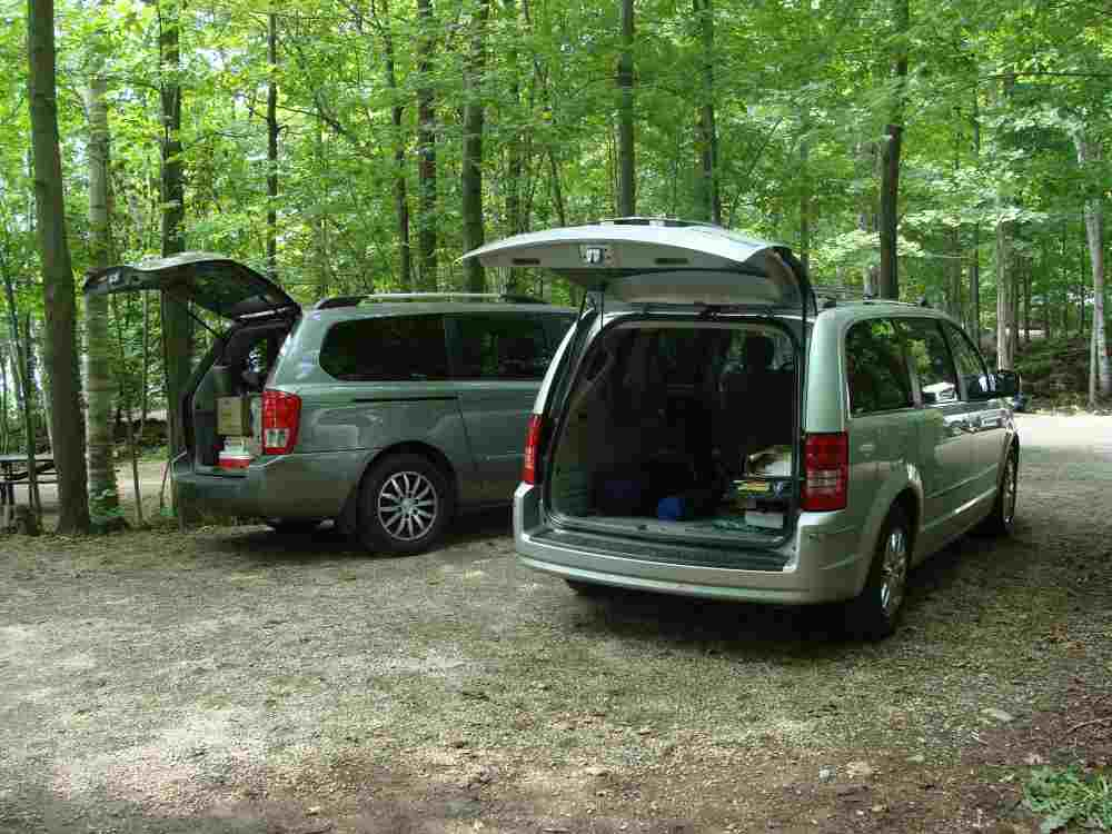 ROAD TRIPS: TOP MINIVANS