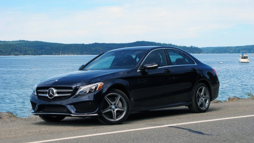 The 2015 Mercedes-Benz C-Class features major styling changes not the least of which is placing the passenger compartment further back making it look more slender even though it is slightly bigger in every dimension that the outgoing model.