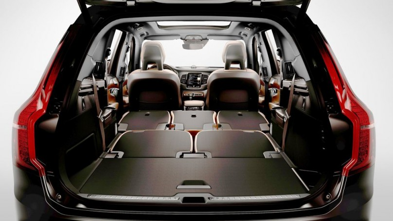 volvo xc90 suv heralds brand 39 s renewal. Black Bedroom Furniture Sets. Home Design Ideas