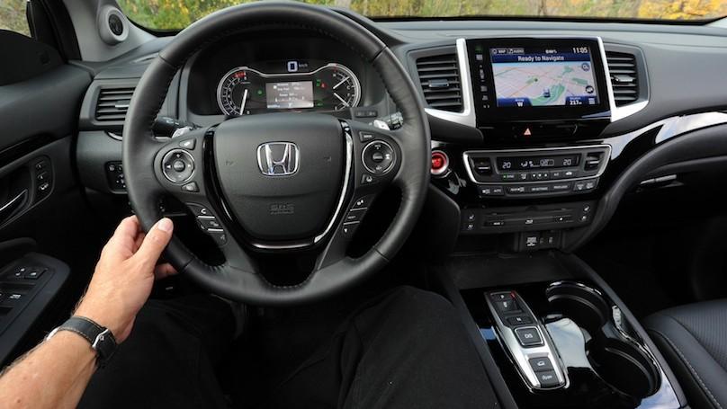 Honda Pilot Touring 2016-interior