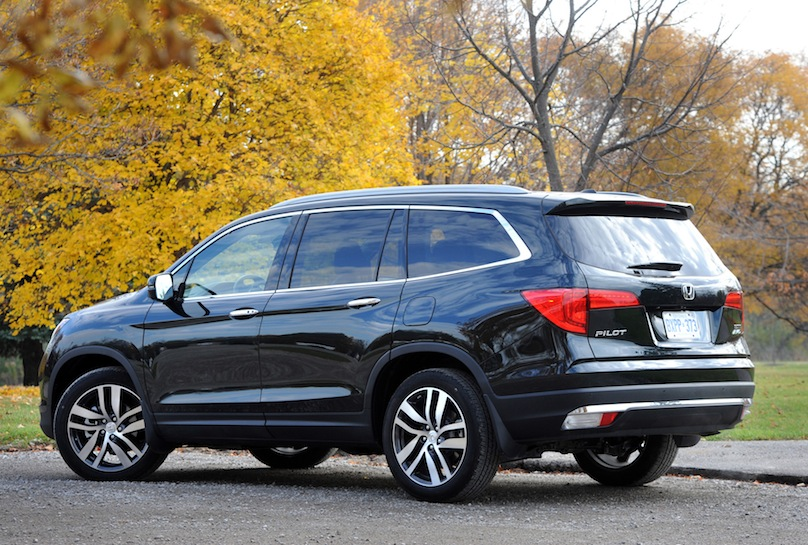 2016 honda pilot touring awd review. Black Bedroom Furniture Sets. Home Design Ideas