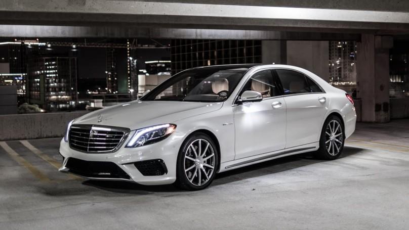 Mercedes S63.