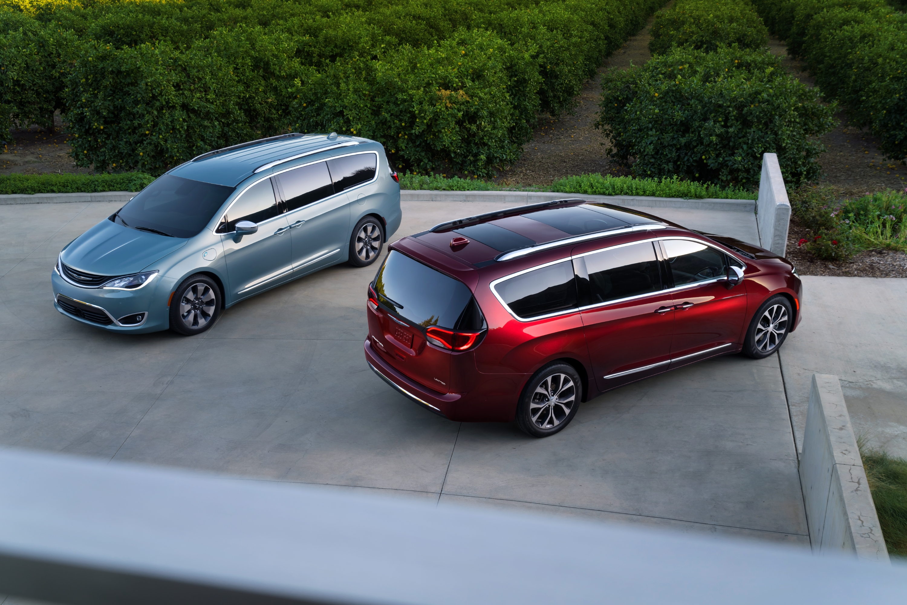 l s new whats pacifica what chrysler for news