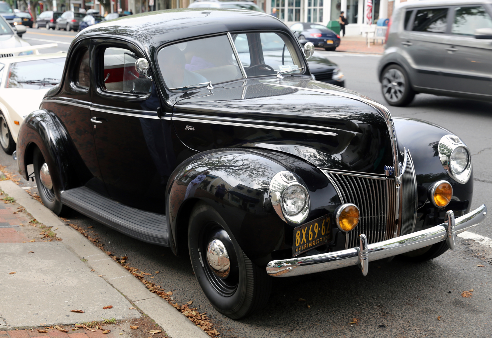 1940 Ford Standard Business Coupe