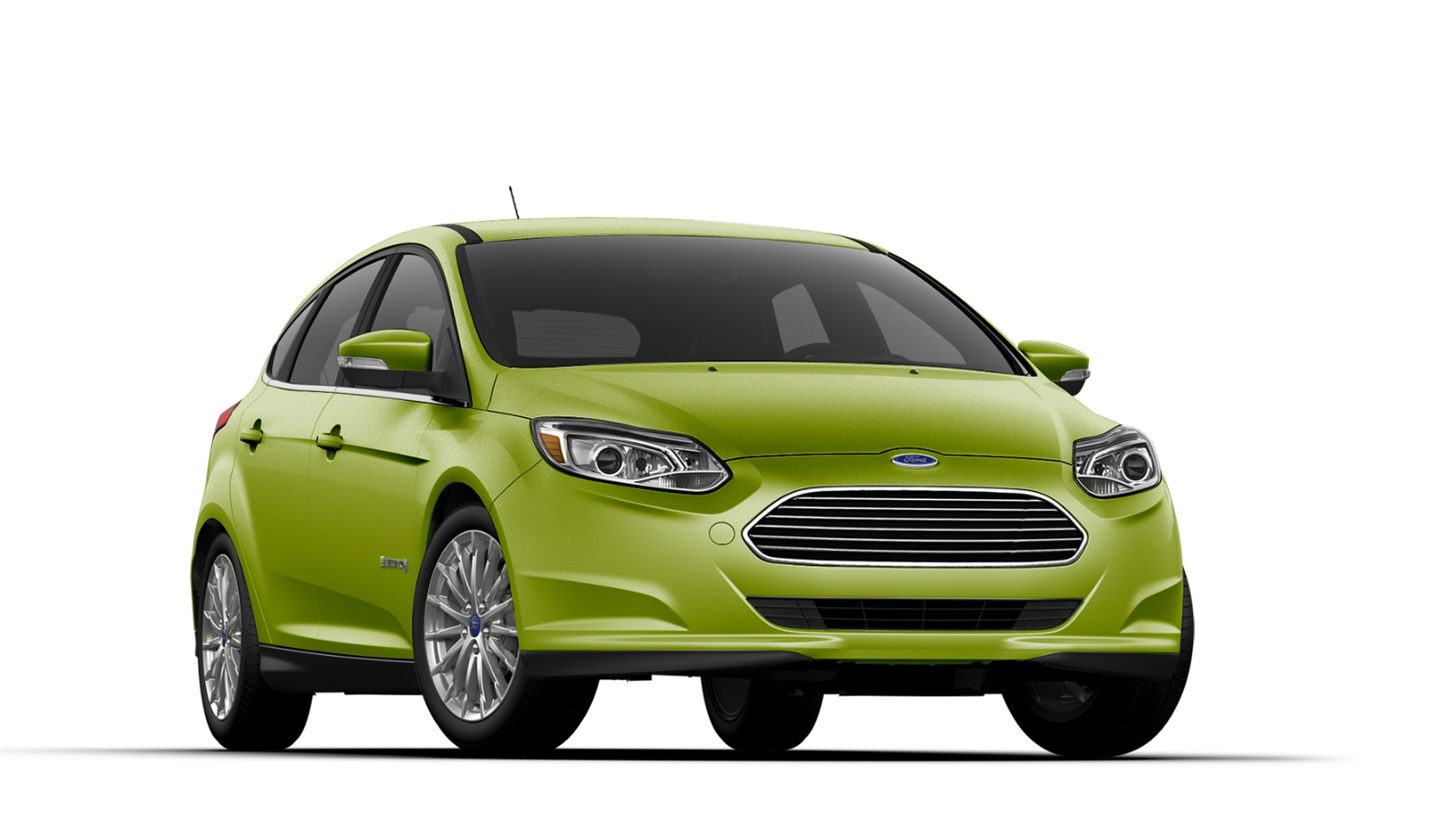 Ford Focus EV in greenery