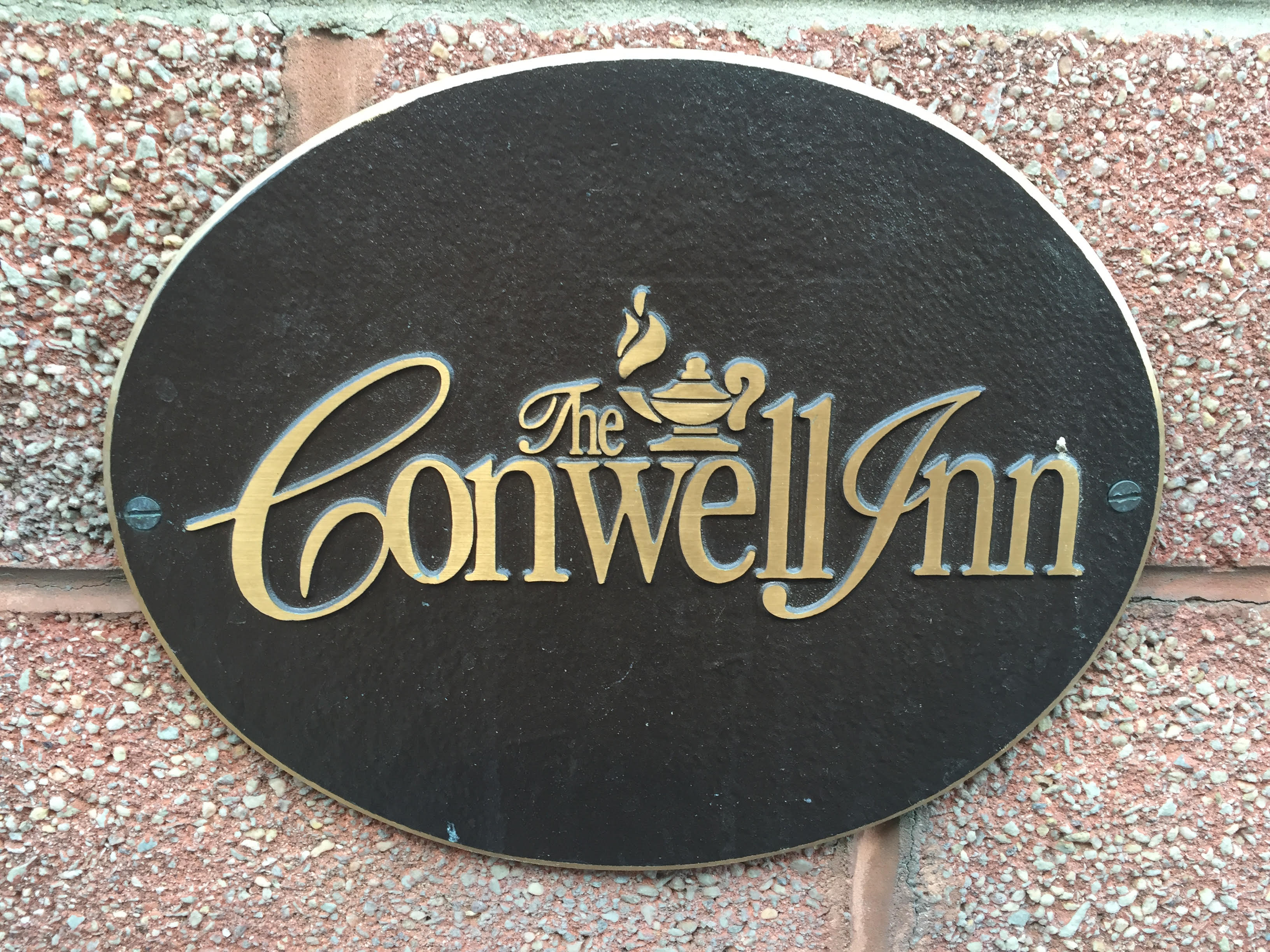 The Conwell Inn housed many of the Temple employees who were needed for work during the snowstorm. (Photo by Ryan Silverthorn)