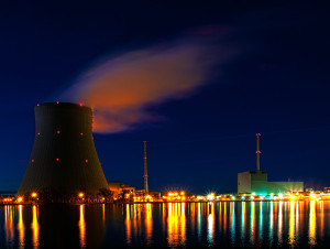 Nuclear power plant Isar at night. (Photo credit: Wikipedia)