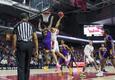 Temple gets back to winning ways with home win over ECU