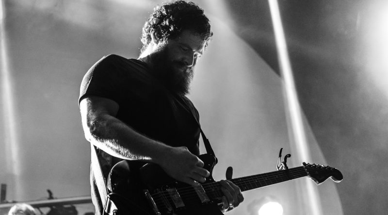 PHOTOS AND REVIEW: Manchester Orchestra and Foxing at The Fillmore