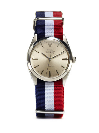 Rolex-oyster-perpetual-air-king-precision-c.-1966-with-french-flag-nato-strap-at-park-bond
