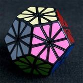 Crystal_dodekaedr_kubik-rubika__1