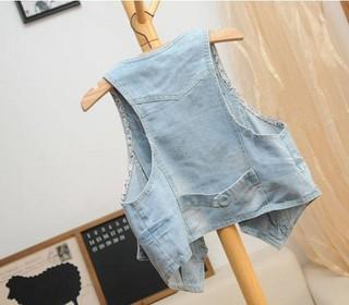 http://s3.amazonaws.com/wikiroom/photos/25546/original/2013-Spring-and-summer-women-s-covered-buttons-short-design-denim-vest-brief-fashion-all-match_(3).jpg?1368274909