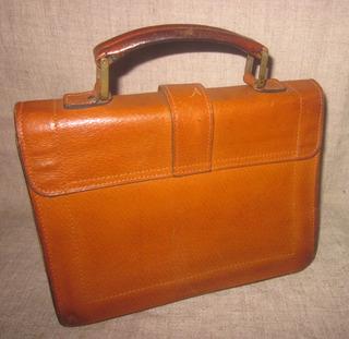 http://s3.amazonaws.com/wikiroom/photos/25732/original/IMG_9069.JPG?1369247661