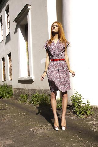 http://s3.amazonaws.com/wikiroom/photos/27157/original/_MG_8649.jpg?1374032565
