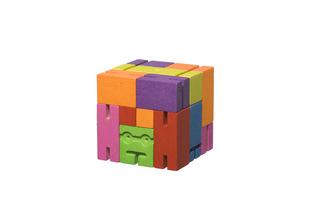 http://s3.amazonaws.com/wikiroom/photos/35912/original/AREAWARE_Cubebot_small_DWC2M_Silo_Print_01.jpg?1413277628