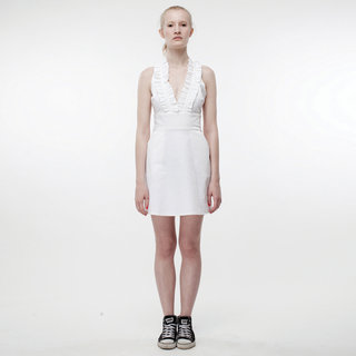 http://s3.amazonaws.com/wikiroom/photos/386/original/001%20(White%20dress)%20Front.jpg?1308940619