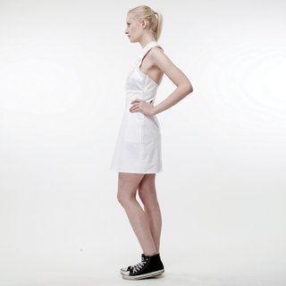 http://s3.amazonaws.com/wikiroom/photos/387/original/001%20(White%20dress)%20side.jpg?1308940650
