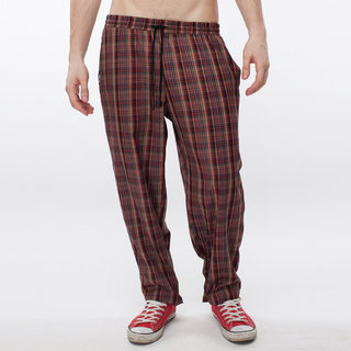 http://s3.amazonaws.com/wikiroom/photos/407/original/008%20(Check%20pants)%20front.jpg?1308942968