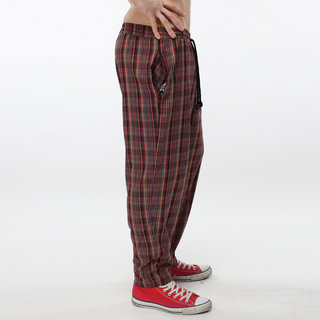 http://s3.amazonaws.com/wikiroom/photos/409/original/008%20(Check%20pants)%20side.jpg?1308942970