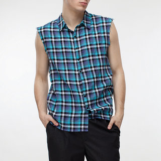 http://s3.amazonaws.com/wikiroom/photos/428/original/015%20(Blue%20check%20shirt)%20front.jpg?1308945156