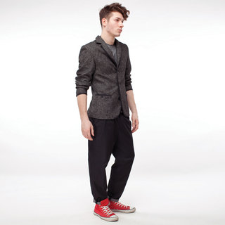 http://s3.amazonaws.com/wikiroom/photos/435/original/017%20(Grey%20jacket)%20front.jpg?1308945499