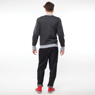 http://s3.amazonaws.com/wikiroom/photos/446/original/020%20(Grey%20bomber)%20back.jpg?1308946723