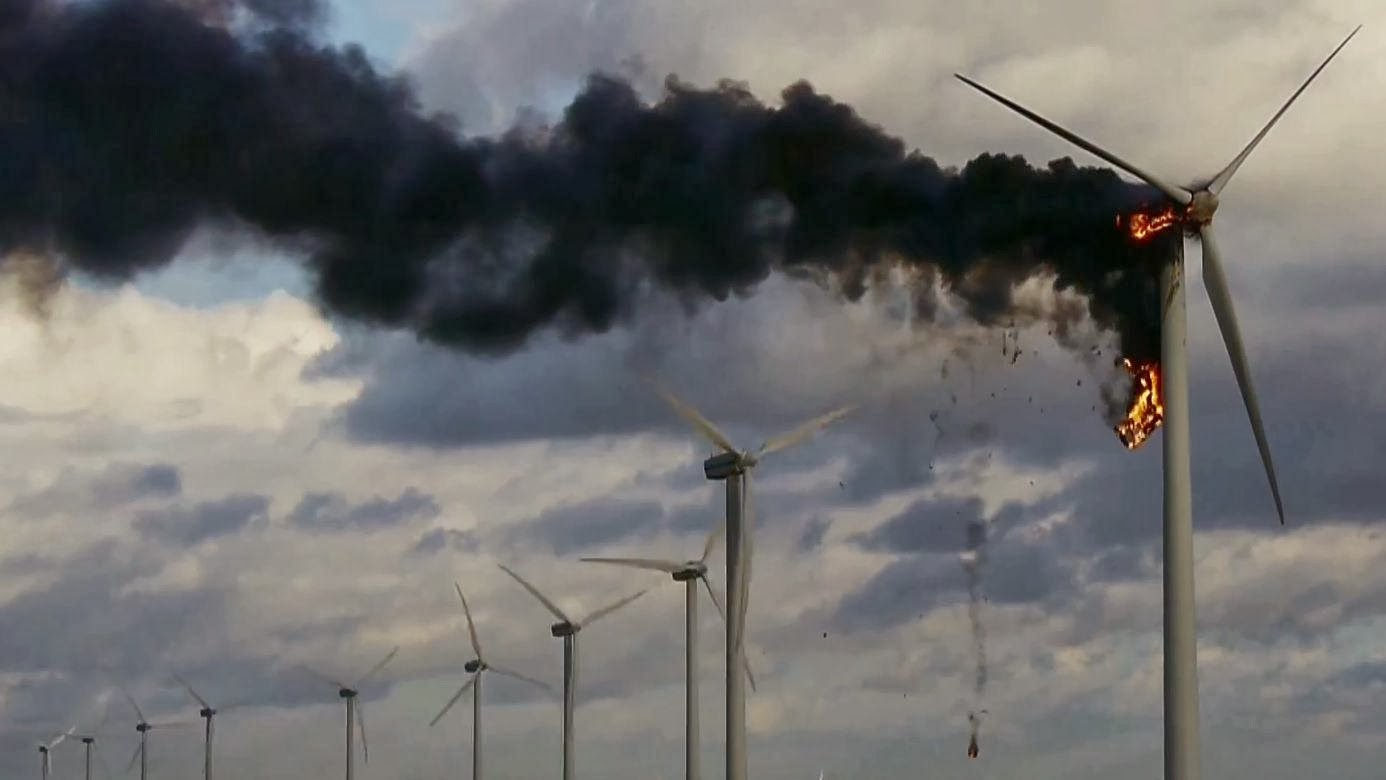 Wind turbine fire in the Netherlands claims lives of two