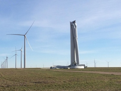 Wind-turbine-collapse_preview