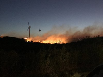 Texas_turbine_fire_-_200_acres_burning_preview