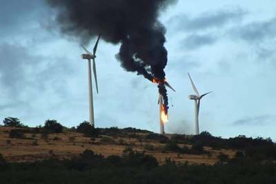 Turbine_fire_spain_-_2_preview