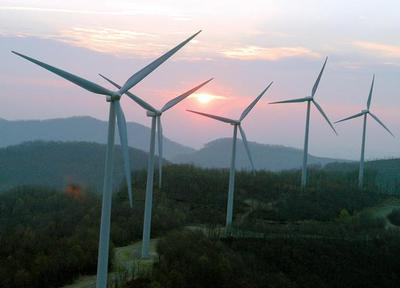 0215-farm--wind-power2_t590_preview