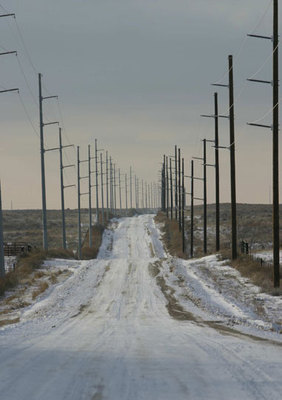 High-tension_powerlines_for_turbines_preview
