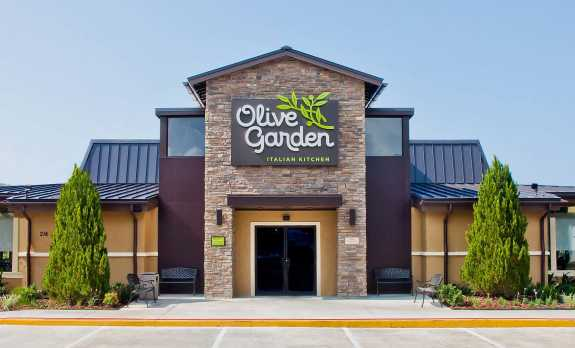 Olive garden investors cut back on the breadsticks archives 90 7 wmfe for Olive garden locations near me
