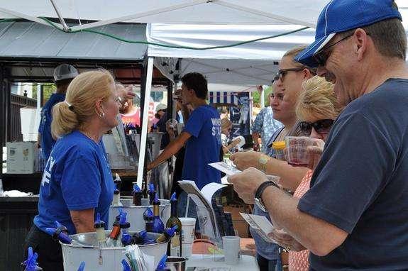 Image: Mount Dora Blueberry Festival, festival facebook page